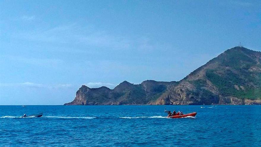 Dos pateras alcanzan la costa de Alicante y se localiza a 7 inmigrantes