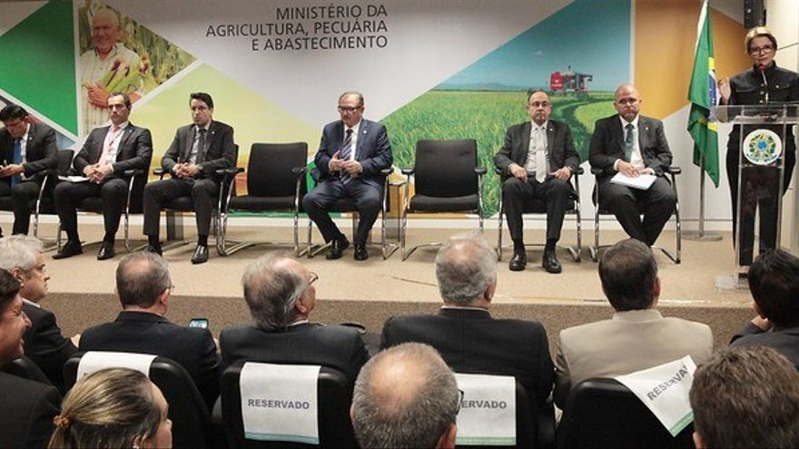Escenario del encuentro entre grandes agricultores y funcionarios del Gobierno brasileño.