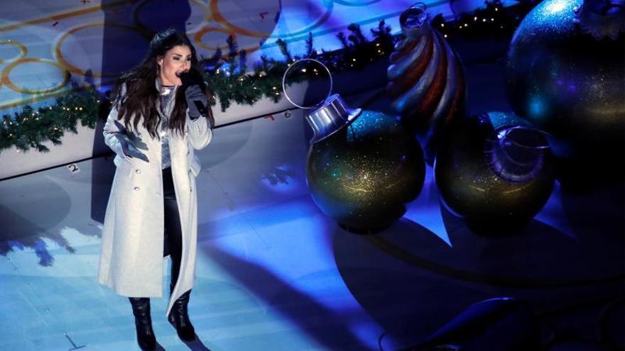 Llegó la Navidad a Nueva York con encendido del árbol del Rockefeller Center