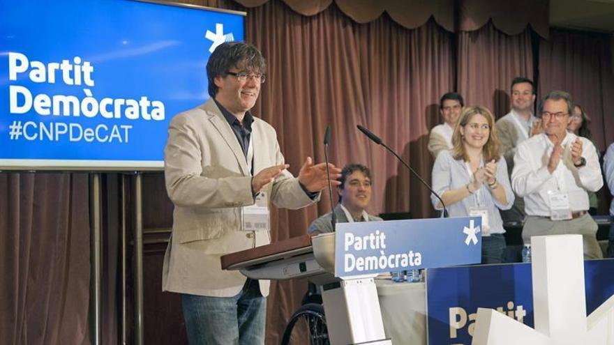 """Puigdemont: """"A todo un pueblo movilizado no le podrán hacer ni cosquillas"""""""