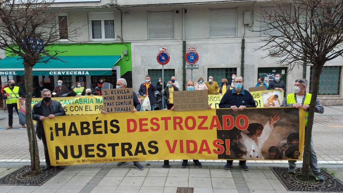 Concentración de AMA ante el Gobierno (ARCHIVO)