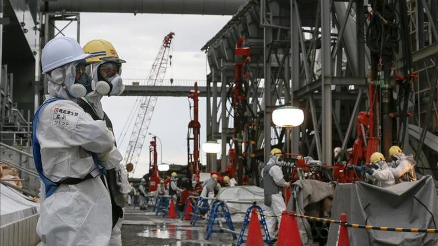 La región de Fukushima acepta finalmente albergar cementerios nucleares
