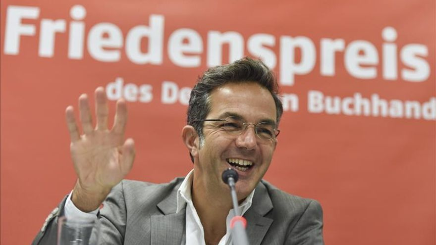 Navid Kermani, un Premio de la Paz a la medida de un Fráncfort político