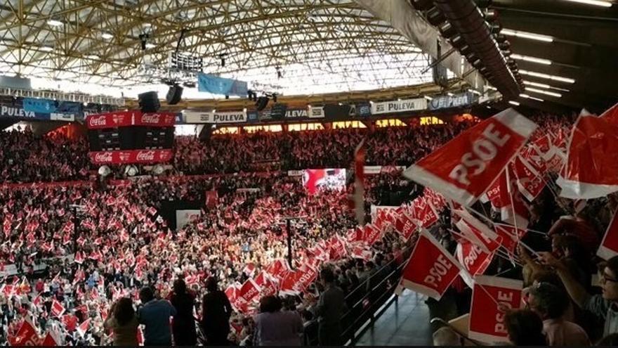 Pedro Sánchez llena 'La Fonteta' de Valencia con más de 8.000 personas en su mayor mitin de la campaña