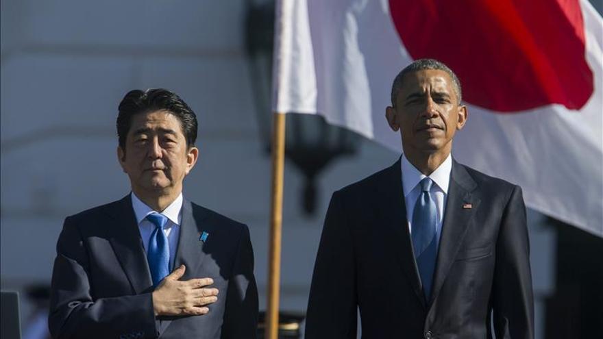 """Abe, """"apenado"""" por sufrimiento de esclavas sexuales pero no revisará postura"""