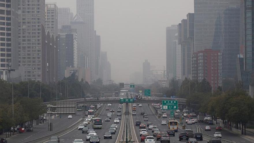 La polución aumenta en China los viajes turísticos al sur para huir del esmog