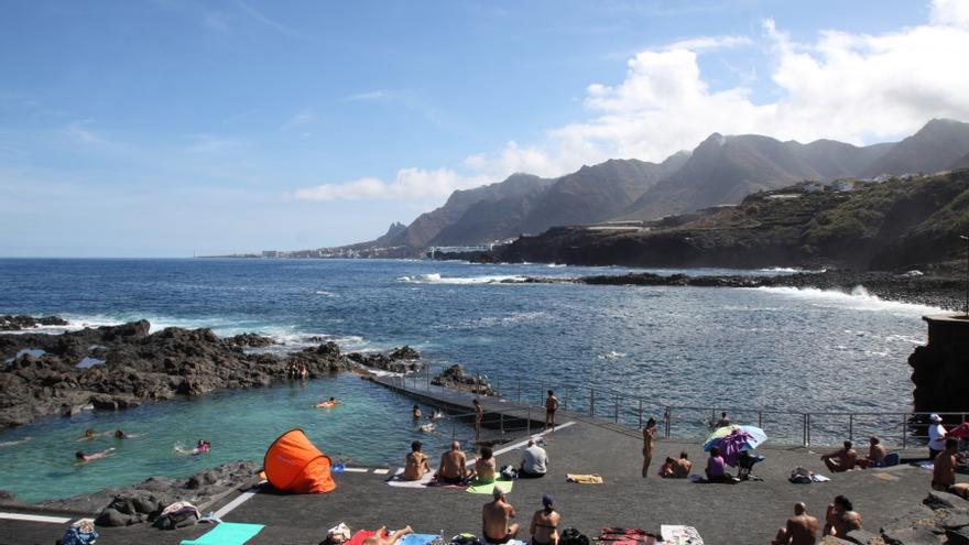 Tenerife cierra el primer trimestre con un crecimiento de for Piscinas naturales jover tenerife
