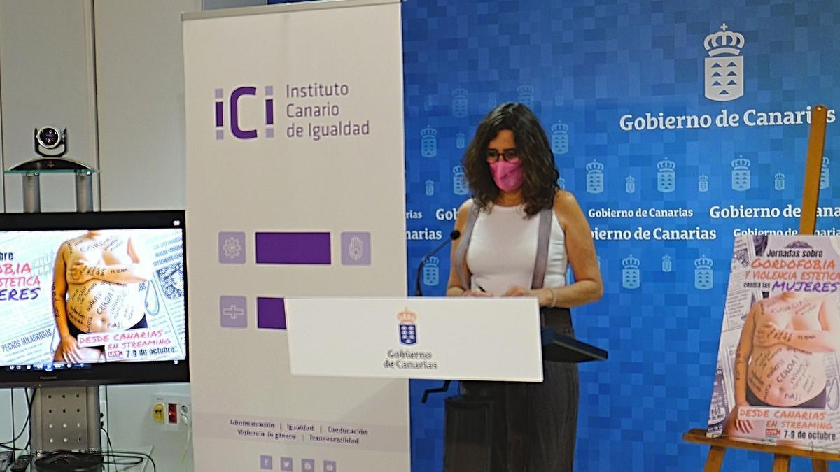 Kika Fumero en la presentación de las jornadas sobre gordofobia.