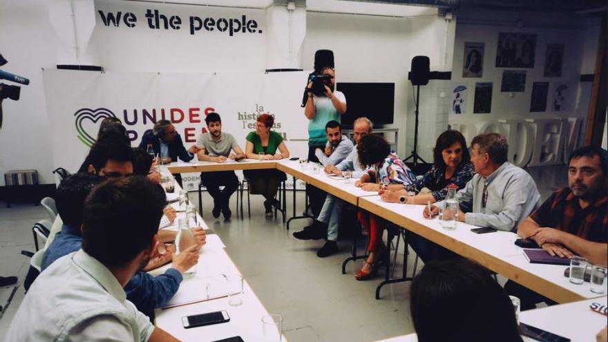 Reunión de la negociación del Botànic II en la sede de Podemos