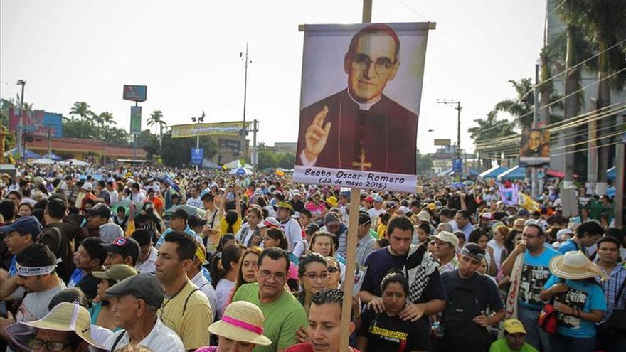 Monseñor Romero es beatificado en El Salvador ante unas 300.000 personas