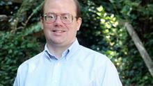 Larry Sanger creó Wikipedia como un proyecto paralelo de Nupedia