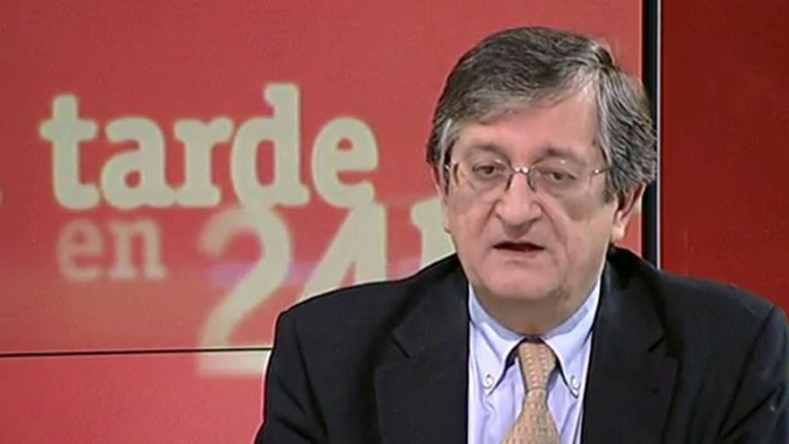 El catedrático Rafael Calduch asumirá el escaño de UPyD dejado por  Anchuelo