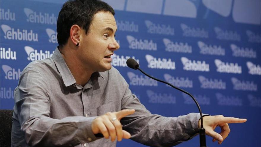 """EH Bildu hace autocrítica de sus """"decisiones"""" sobre """"el uso de la violencia"""""""