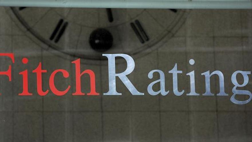 Fitch mantiene baja la nota de Brasil por la inestabilidad política