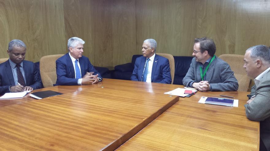 Reunión del consejero García Brink con el ministro de Economía de Cabo Verde, José da Silva