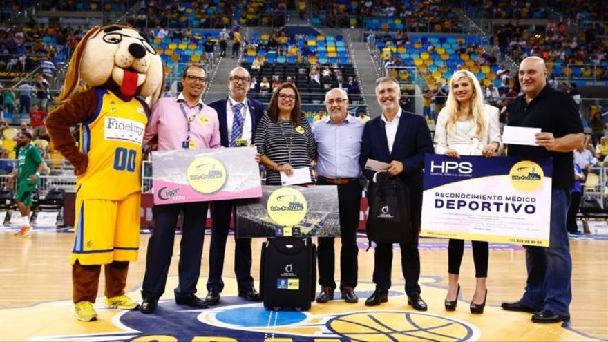 Pino Jesús Marrero, espectadora un millón del Gran Canaria Arena