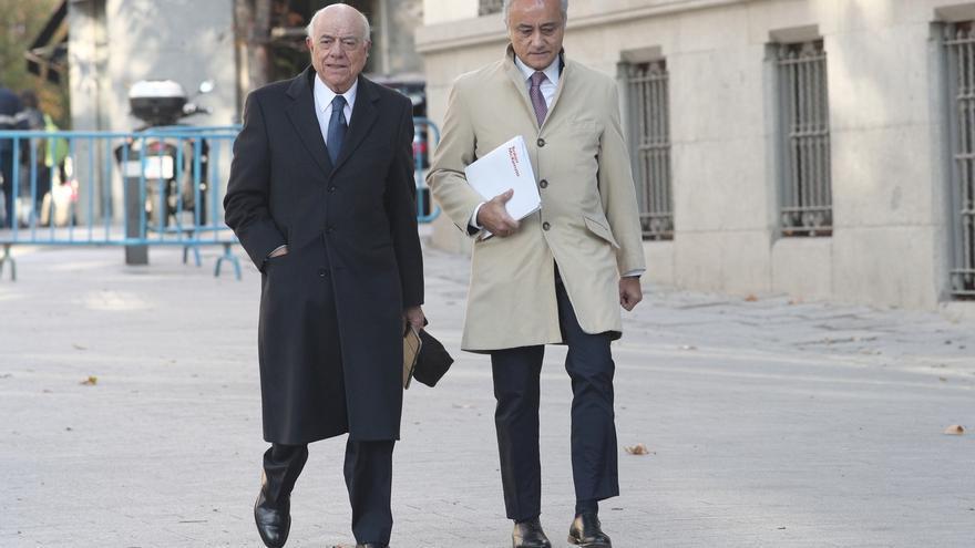 El expresidente de BBVA Francisco González niega que ordenara la contratación de forma opaca de Villarejo
