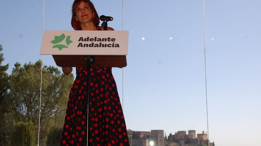 Teresa Rodríguez en el acto de clausura de la Asamblea Constituyente de Adelante Andalucía celebrada en Granada