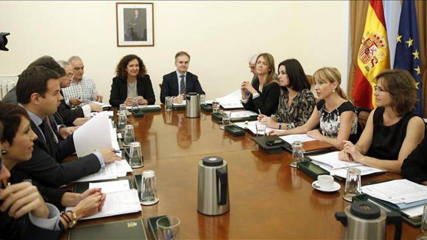 Interior impulsa con las Comunidades la coordinación en ayudas a víctimas del terrorismo