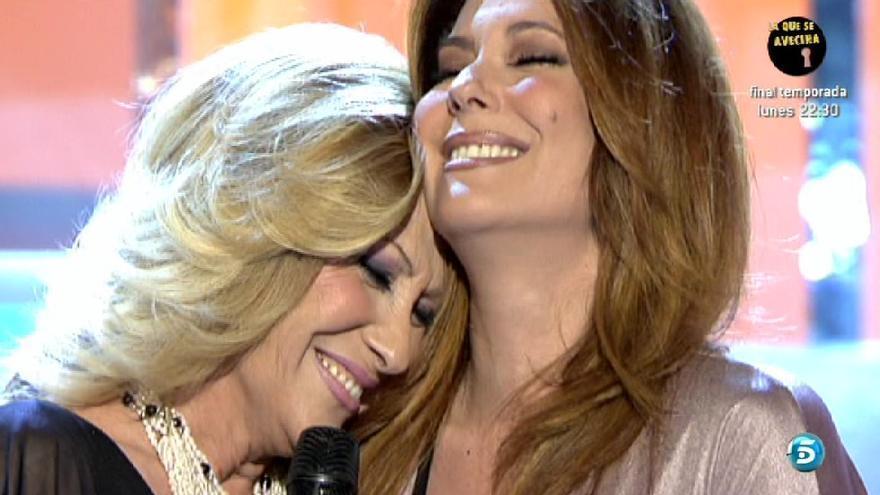 Cante con su hija a dúo una ranchera en '¡Qué tiempo tan feliz!' Es justo lo que España necesita.