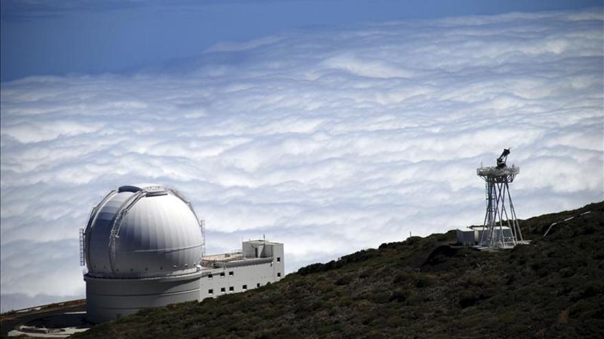 Astrofísicos captan una tormenta insólita de rayos gamma en un agujero negro