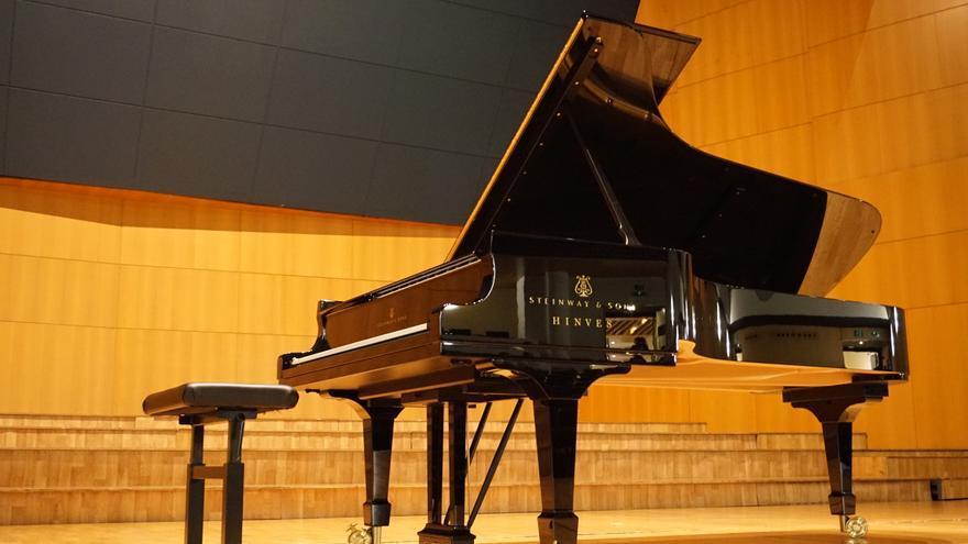 Piano en el Auditorio Víctor Villegas en el que interpretó Solokov