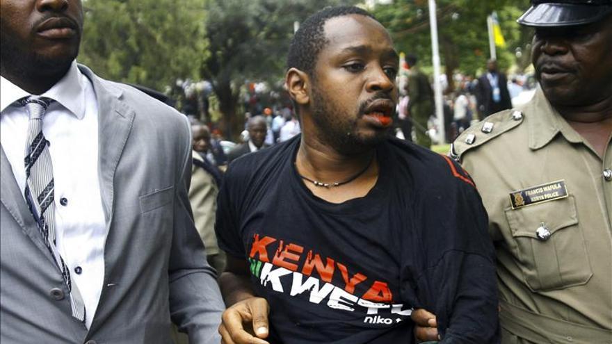 """Una piara de cerdos """"ocupa el Parlamento"""" de Kenia"""