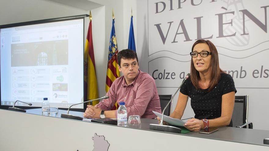 Martí y Amigó, durante la presentación del nuevo interfaz