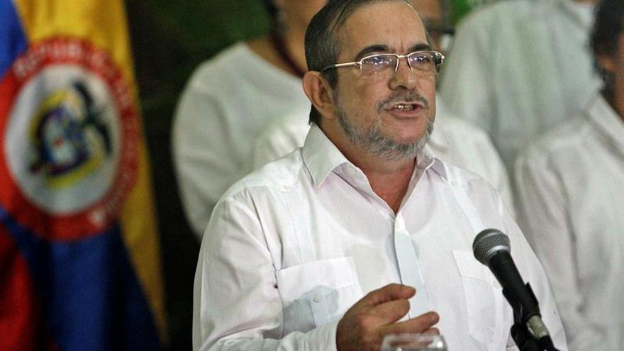 Líder de las FARC llega a Colombia para la conferencia en la que aprobarán el acuerdo de paz