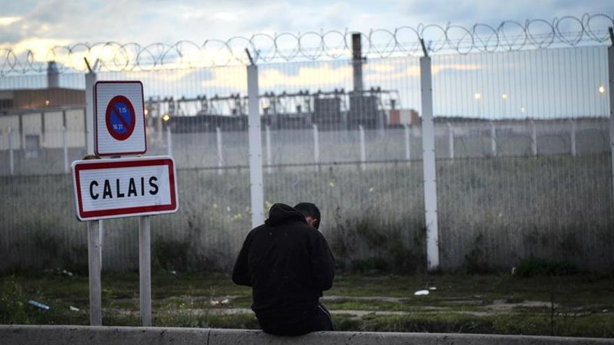 """""""Ciudadanos en cólera"""", el grupo parapolicial que crea controversia en Calais"""