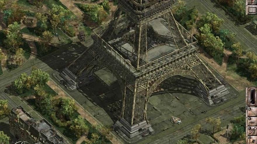 Matando nazis en la Torre Eiffel