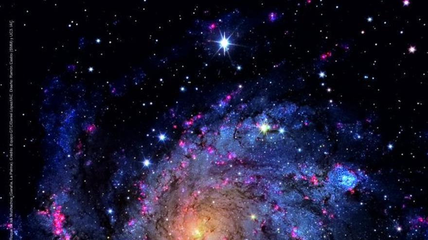 Calendario astronómico en formato póster ilustrado con la imagen de la Galaxia de los Fuegos Artificiales (NGC 6946) obtenida con el instrumento Osiris en el GTC, en el Observatorio del Roque de Los Muchachos (Garafía). Crédito: Equipo GTC/Daniel López/IAC. Diseño: Ramón Castro y UC3 (IAC).