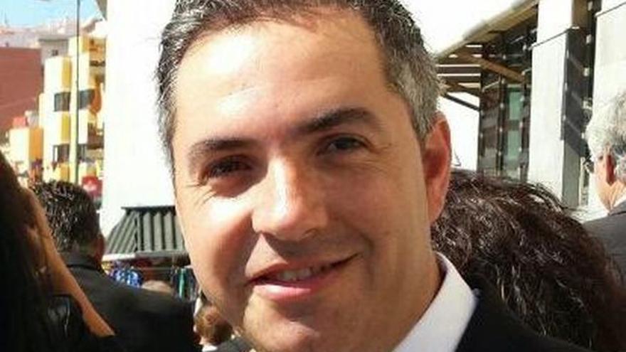 José Antonio Estévez, candidato del PSOE que contó con el respaldo de Macario Benítez.