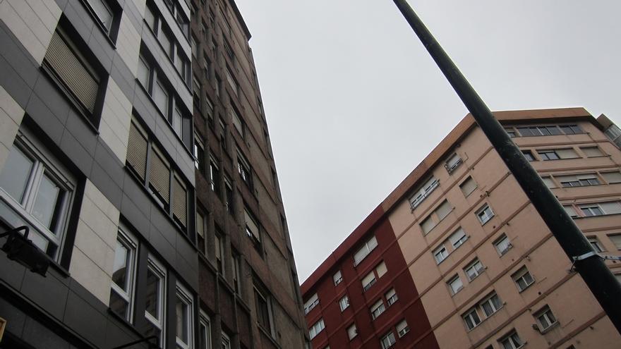 La compraventa de viviendas crece un 19,7% en Cantabria hasta marzo, según los notarios