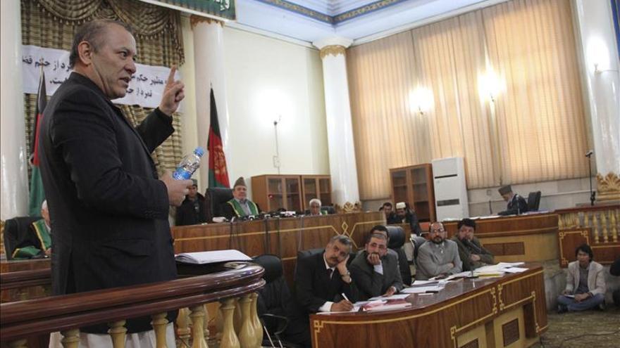 Condenan a 237 millones de multa en el mayor caso de corrupción en Afganistán