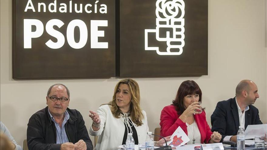"""Susana Díaz insta al PSOE a huir del """"aventurismo"""" y el """"oportunismo"""""""