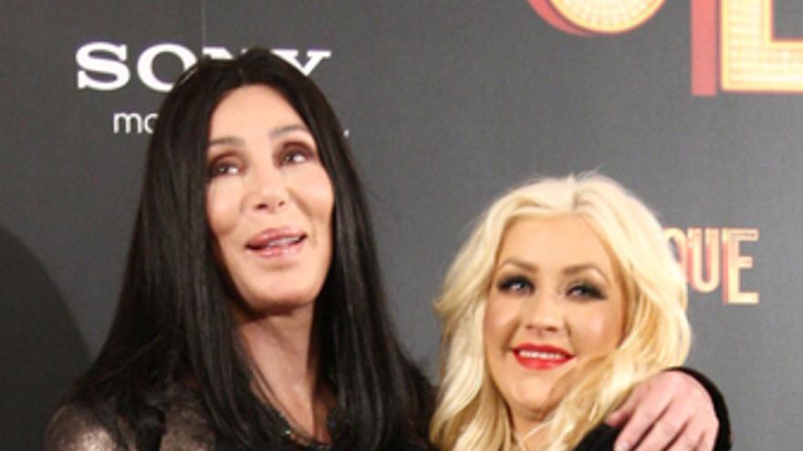 Cher y Christina Aguilera en la presentación de Burlesque