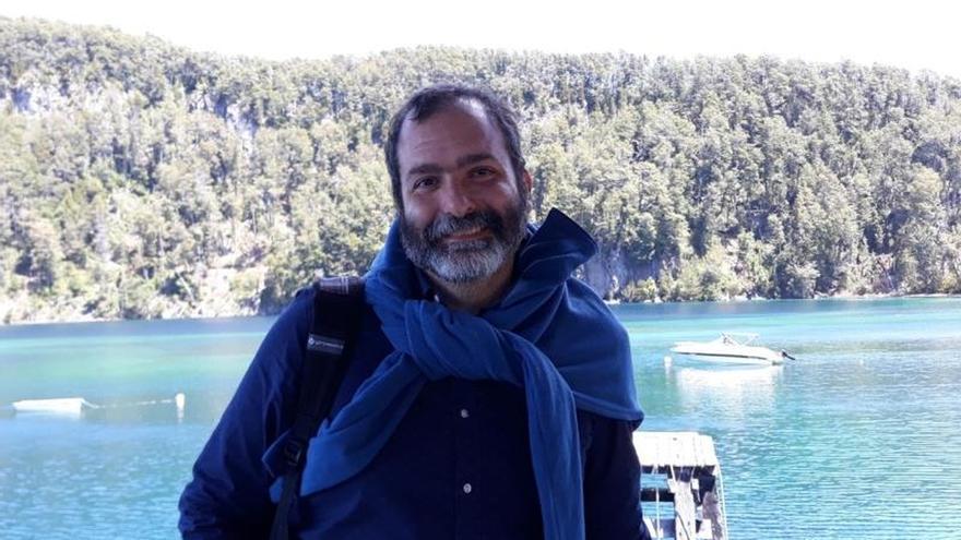 """Las novelas """"Yuelán"""" y """"La troupe"""" ganan los premios Edelvives"""