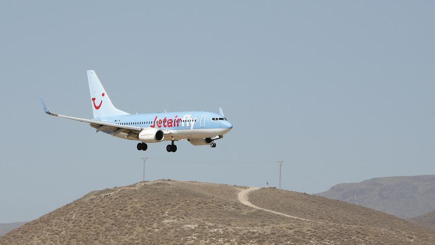 Jetairfly, Aeropuerto de Gran Canaria (ALEJANDRO RAMOS)