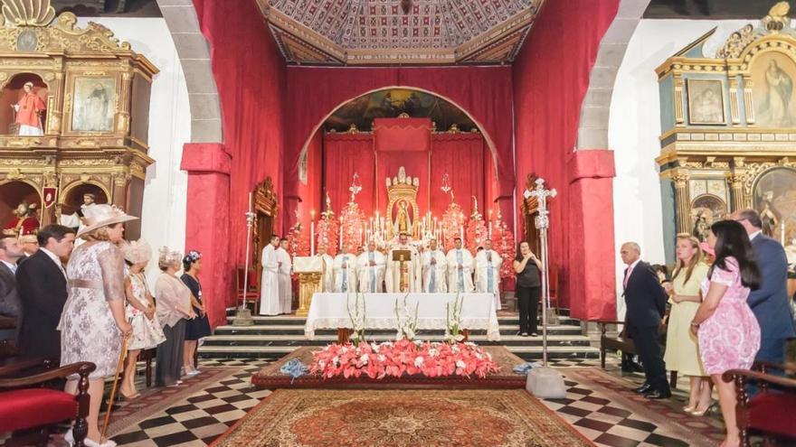 Imagen de la solemne función religiosa delebrada este jueves, 2 de julio, con motivo del día de la patrona de Los Llanos de Aridane.