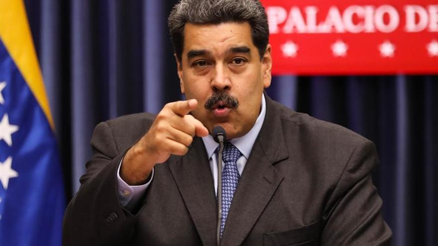 """Maduro instruye """"neutralizar"""" a grupos armados que ingresen desde Colombia"""