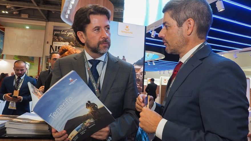 Carlos Alonso y Alberto Bernabé durante la WTM de Londres