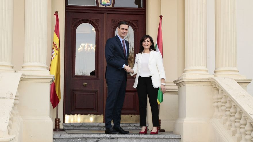 Pedro Sánchez se reúne con la presidenta de La Rioja, Concha Andreu.