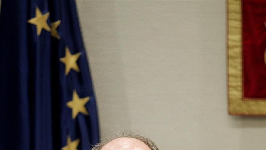 El administrador único de Radiotelevisión Canaria, José Carlos Naranjo, durante su comparecencia ante la Comisión de Control de Radiotelevisión Canaria del Parlamento regional.