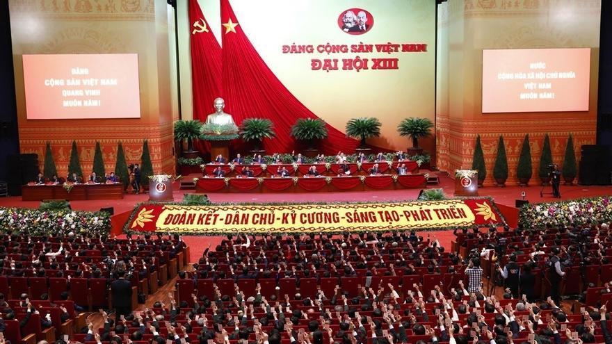 Vietnam inicia el congreso comunista en el que elegirá a sus nuevos líderes