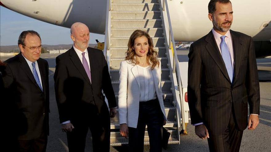 Los Príncipes de Asturias regresan a España tras su viaje por Estados Unidos