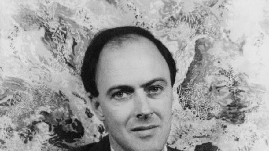 Retrato de Roald Dahl.