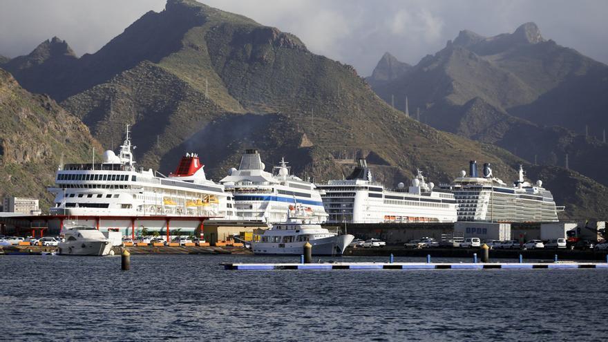 Puerto de Santa Cruz de Tenerife / Autoridad Portuaria