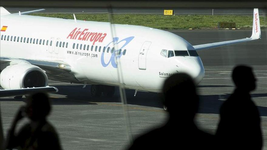 Air Europa garantiza la conexión Sevilla-Almería hasta la licitación del nuevo contrato