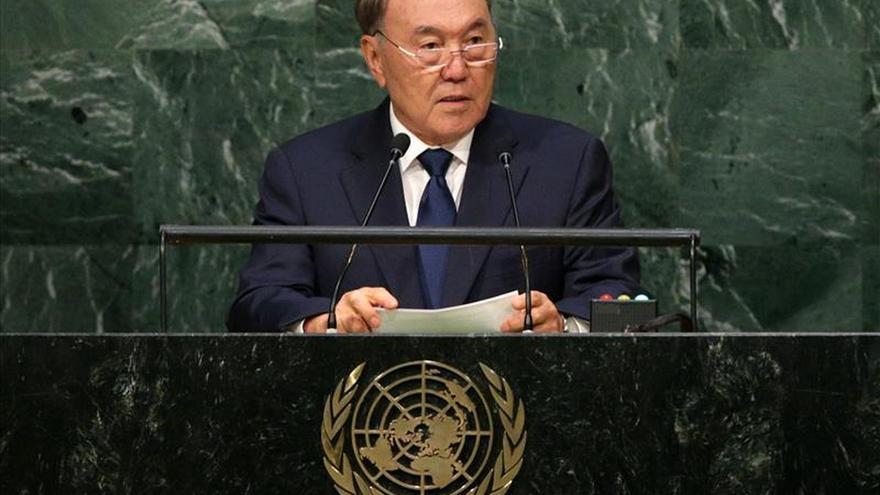 """El presidente kazako traza un """"nuevo futuro"""" en el discurso en la Asamblea General de ONU"""
